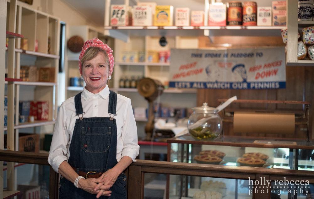 Edie Jalicki - Abbott Store 1943