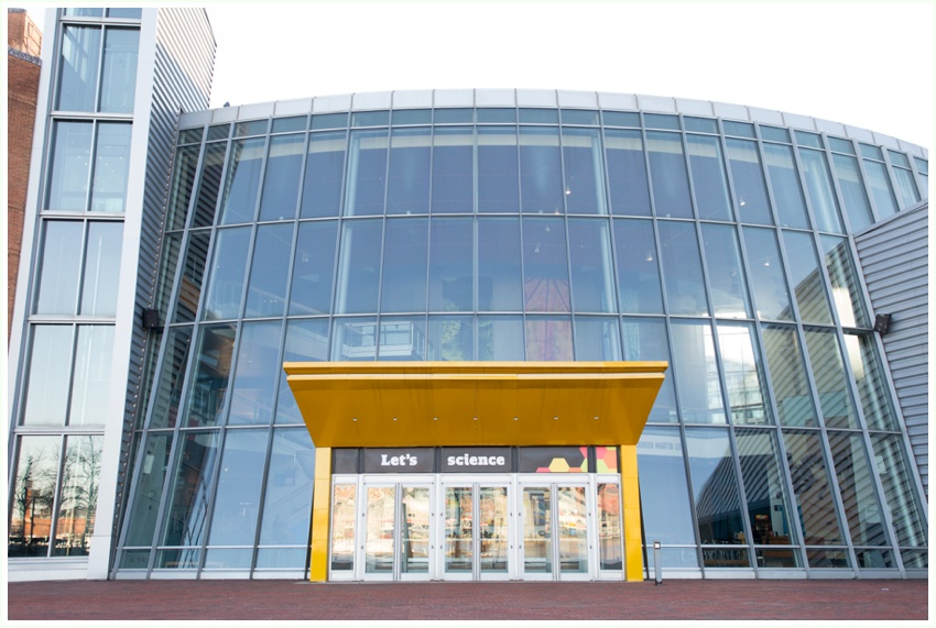 1_urbanrowphoto_md_science_center_exterior.jpg