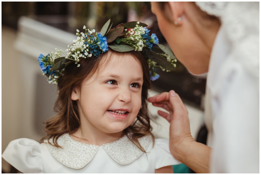 urban-row-photography-baltimore-wedding-flower-crown_0010