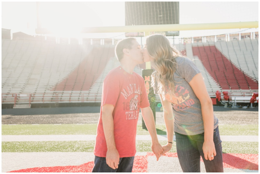 urban-row-photography-univ-maryland-college-park-engagement_0007