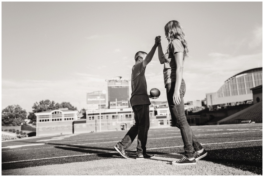 urban-row-photography-univ-maryland-college-park-engagement_0014