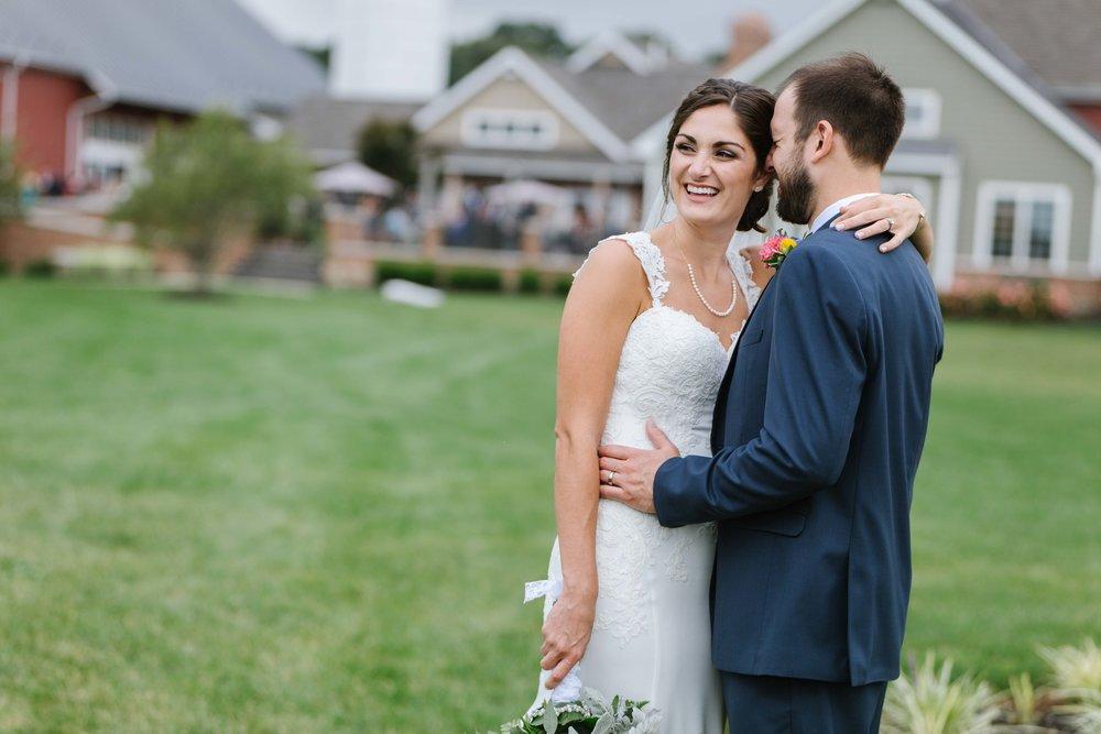 urban-row-photo-wyndridge-farm-wedding-20.jpg