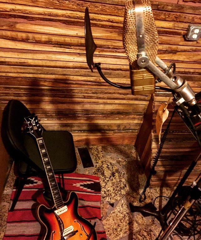 Back in the saddle #bombshelternashville #studiodayz #rca