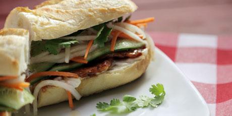 Peameal Bacon Banh Mi.jpg