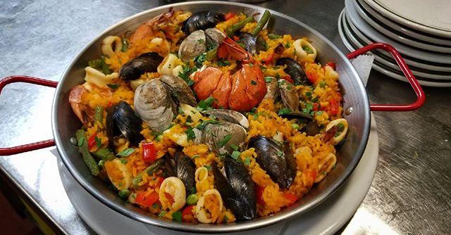 Christian's Famous Paella 🥘