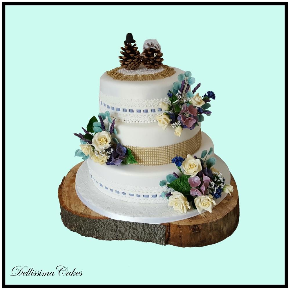 Pinecone Wedding Cake.jpg