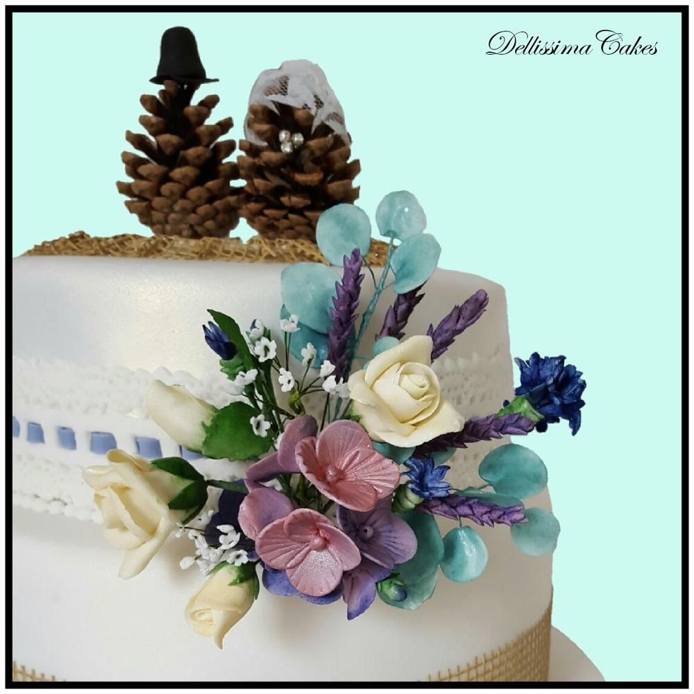 Pinecone Wedding Cake 1.jpg