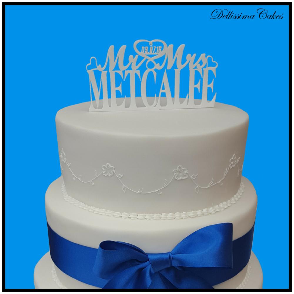 3 Tier White Wedding Cake Retford Wedding Cakes Dellissima Cakes