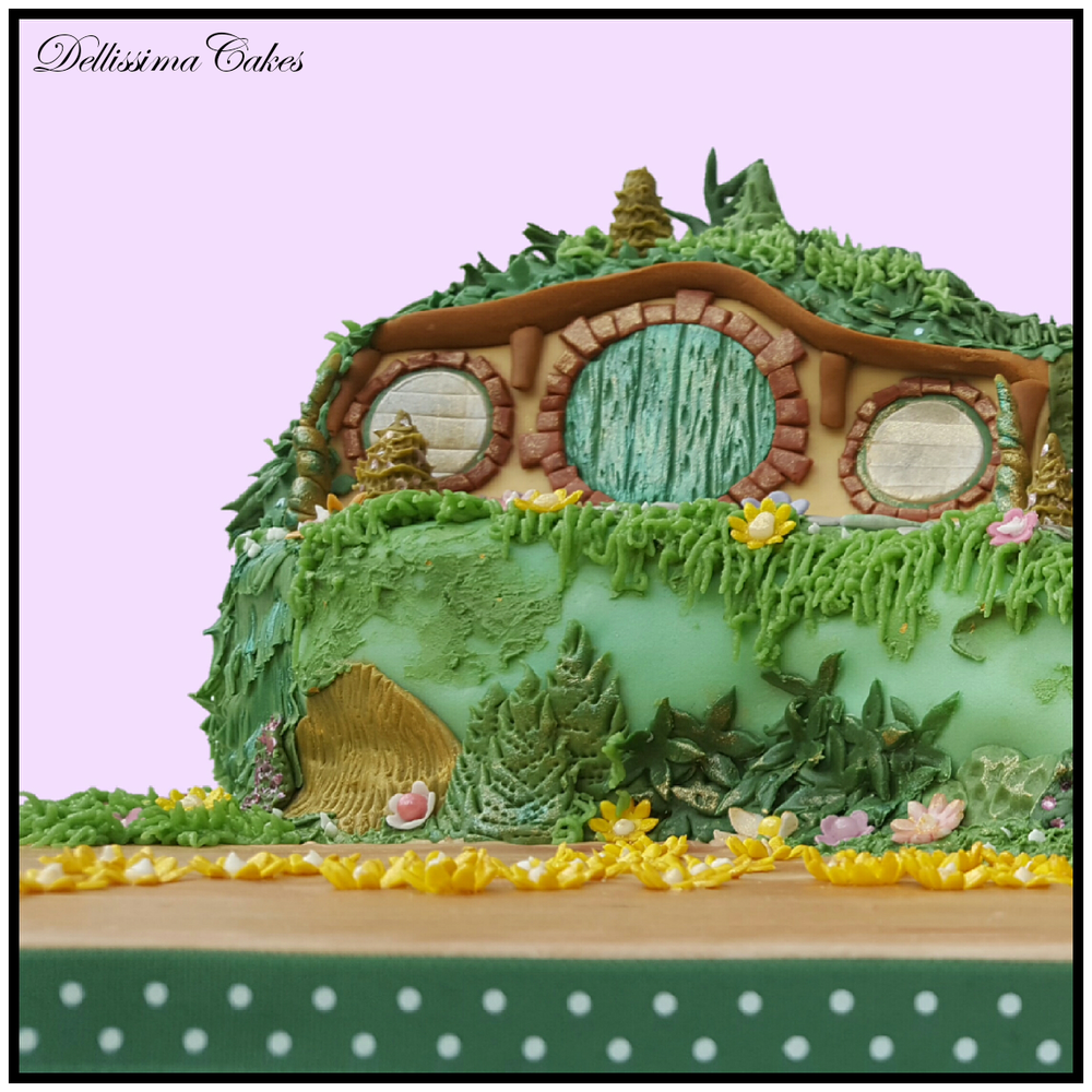 The-Hobbit-Birthday-Cake-4.png