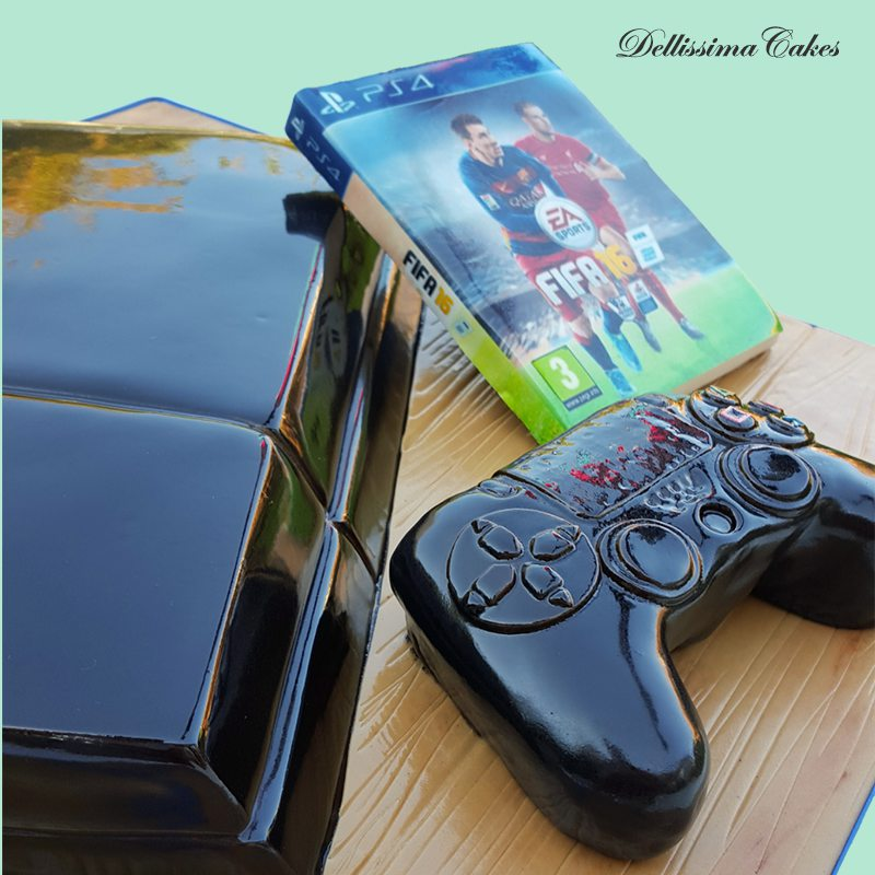 ps4-fifa-birthday-cake-2.jpg