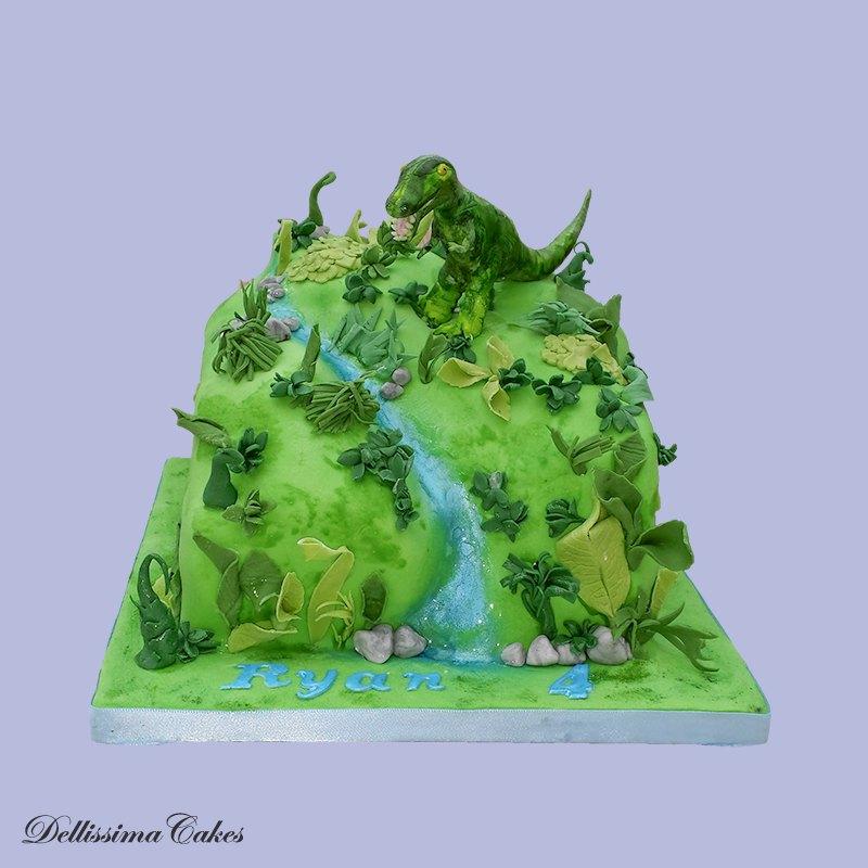 dinosaur-birthday-cake.jpg