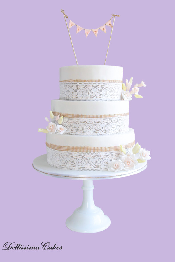 Hessian Bunting Wedding Cake