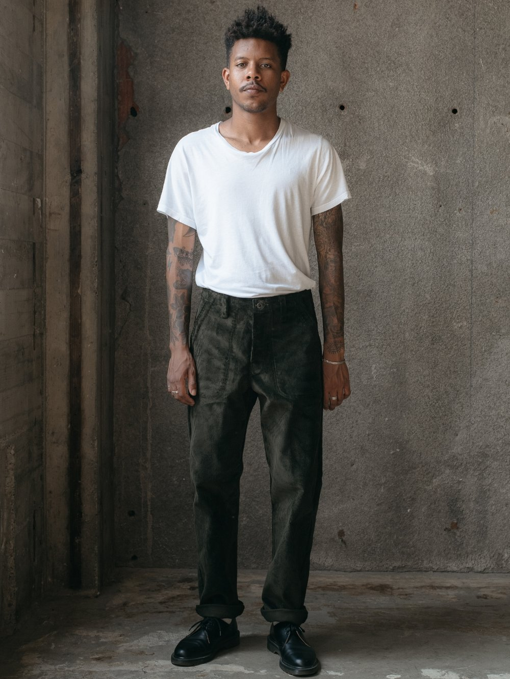 evan-kinori-four-pocket-pant-dark-olive-corduroy