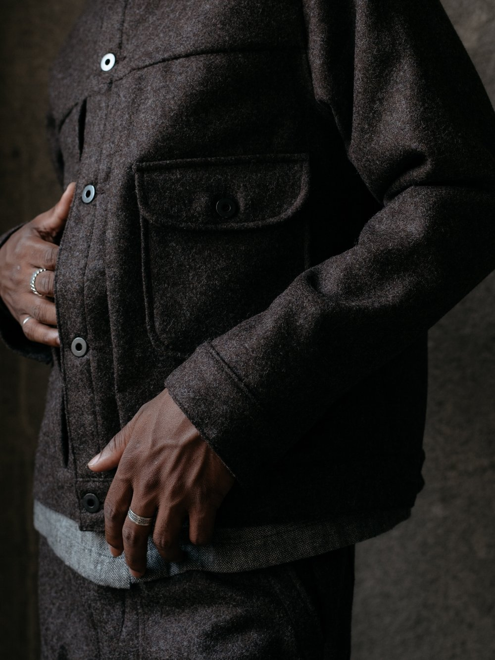 evan-kinori-shetland-wool-pleated-jacket-fall-2017-1
