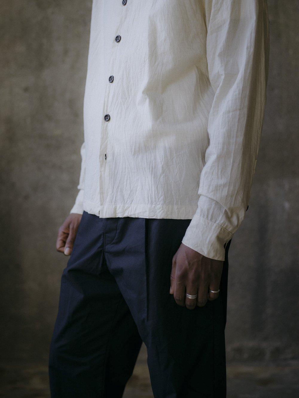 evan-kinori-flat-hem-shirt-cotton-linen-cambric-2