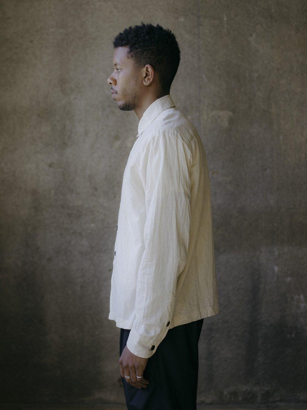evan-kinori-flat-hem-shirt-cotton-linen-cambric-3