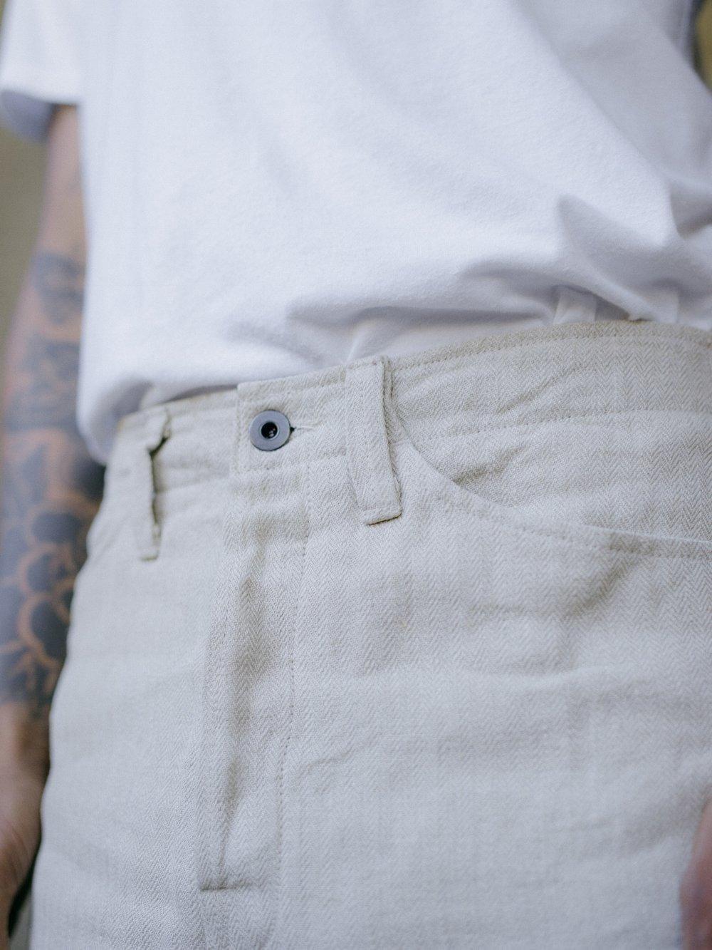 evan-kinori-four-pocket-pant-natural-linen-herringbone-2