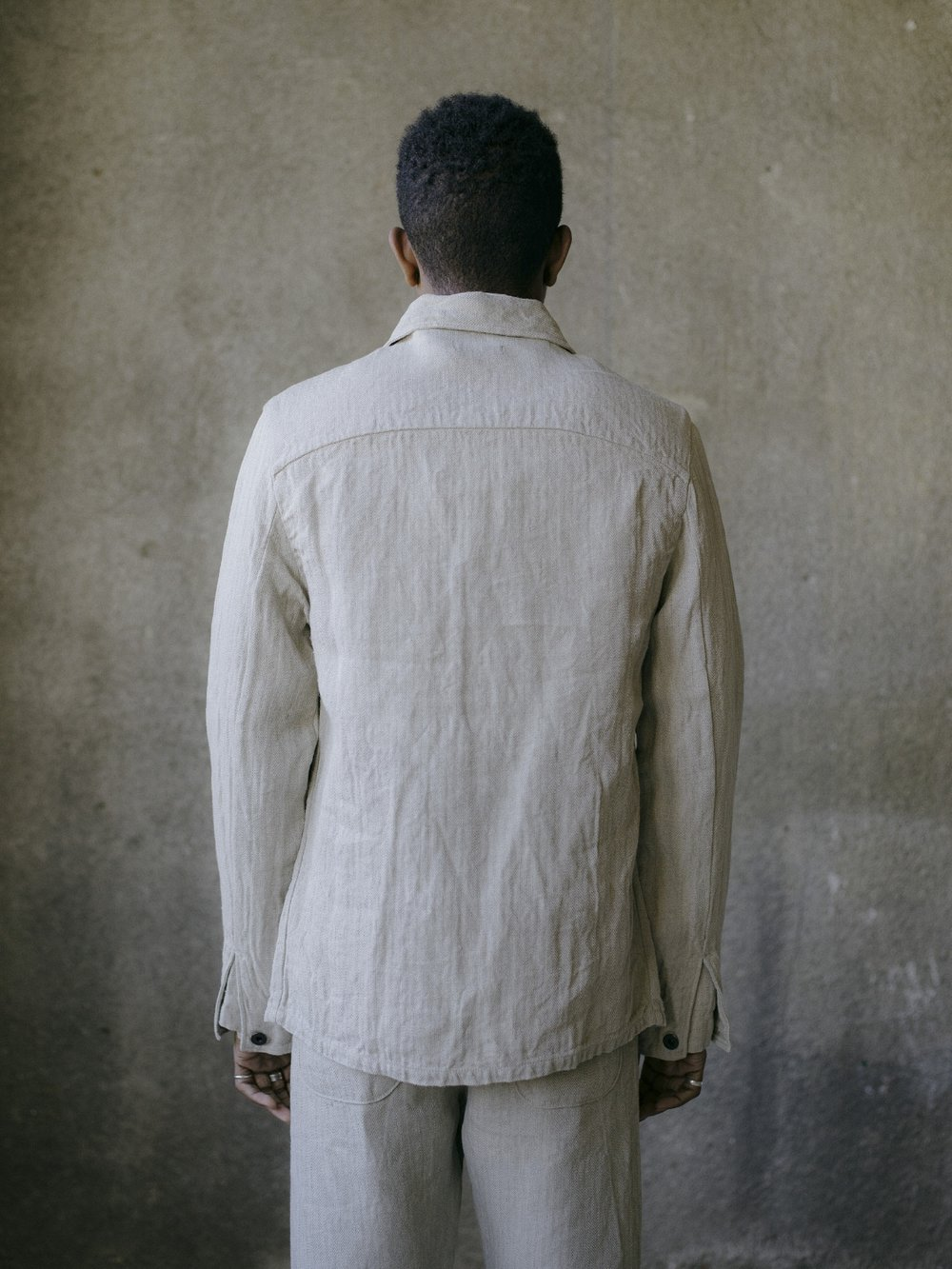 evan-kinori-three-pocket-jacket-natural-linen-herringbone-3