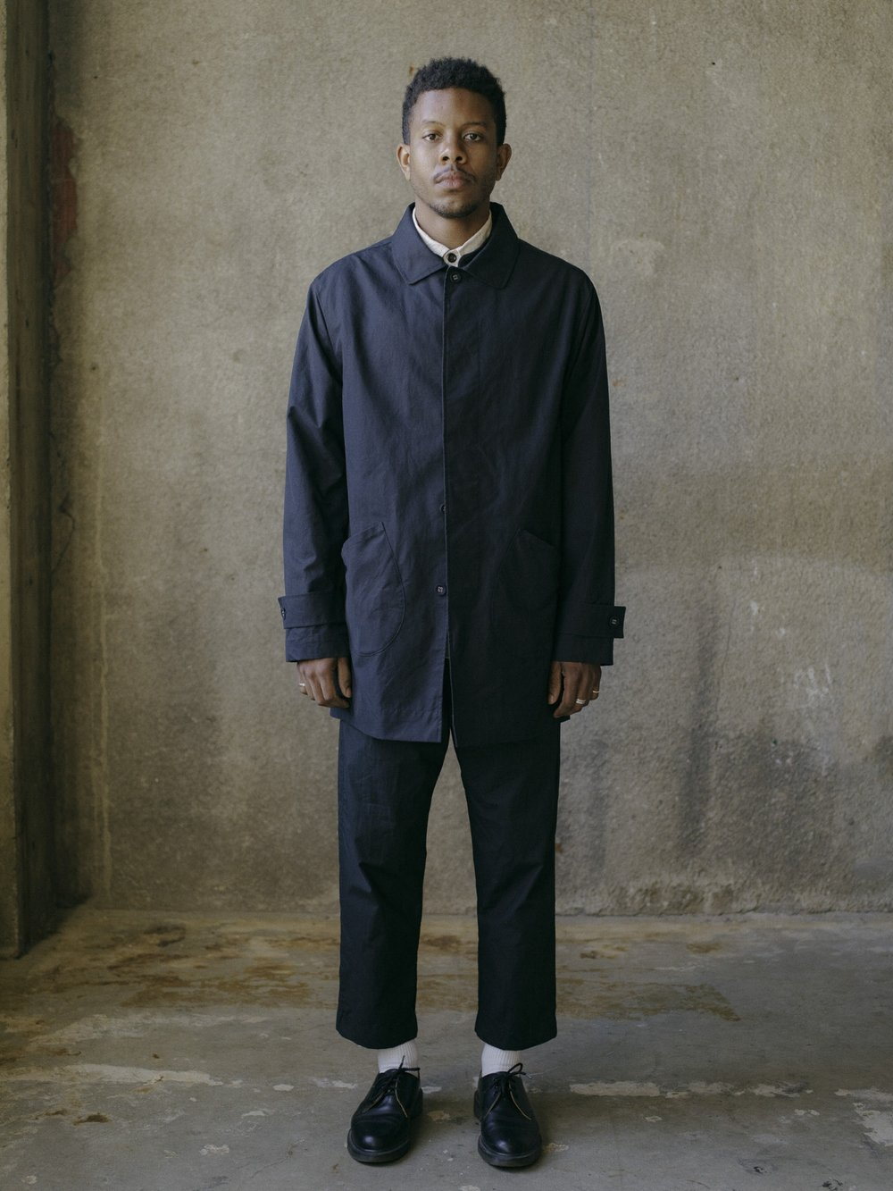 evan-kinori-covered-placket-coat-black-ventile