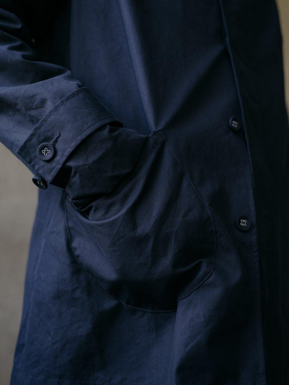 evan-kinori-covered-placket-coat-black-ventile-2