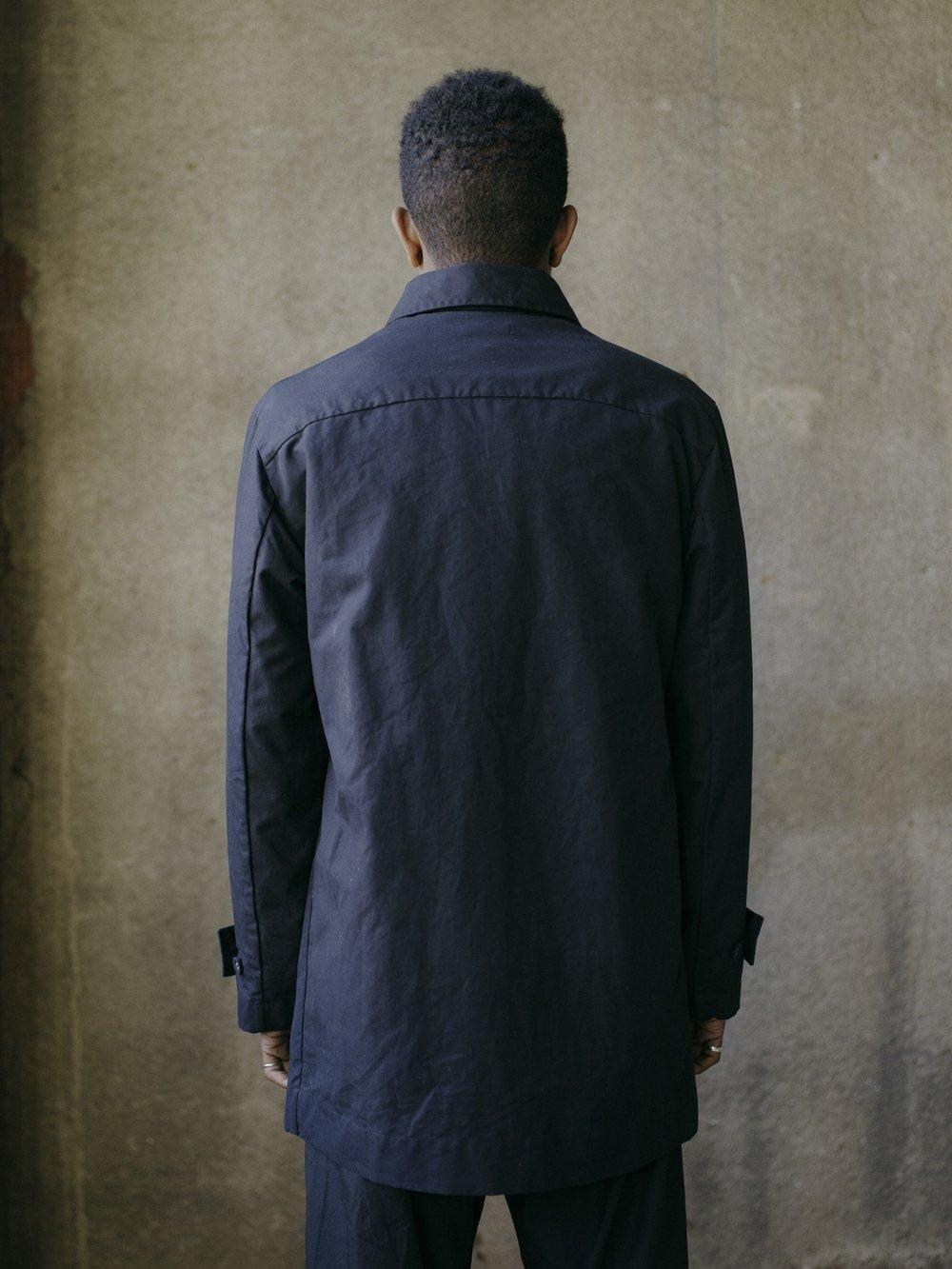 evan-kinori-covered-placket-coat-black-ventile-4
