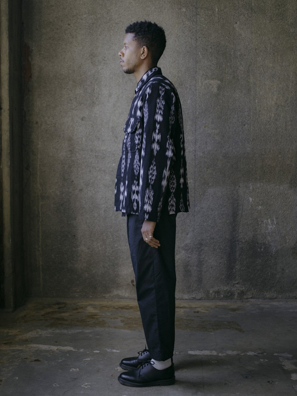 evan-kinori-field-shirt-black-ikat-3