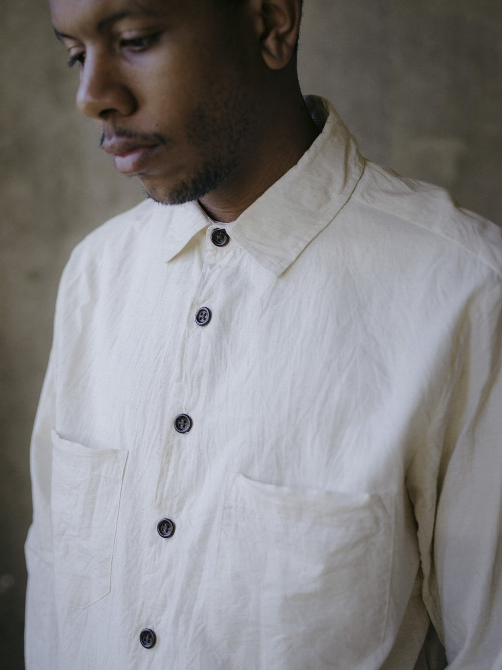evan-kinori-two-pocket-shirt-natural-cambric-1