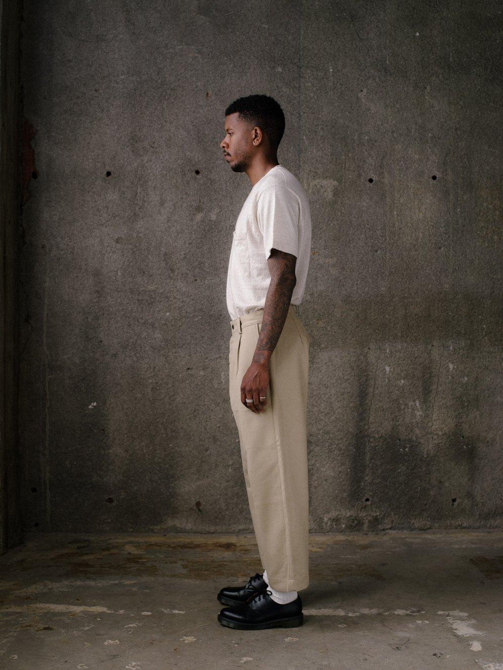 evan-kinori-single-pleat-pant-khaki-cotton-twill-3