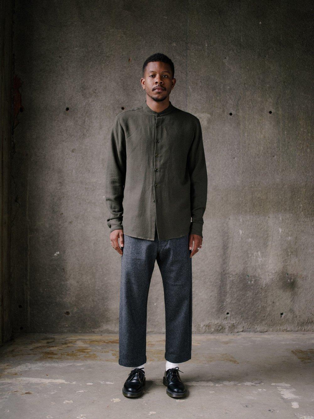 evan-kinori-band-collar-shirt-wool-cotton-linen-twill-2