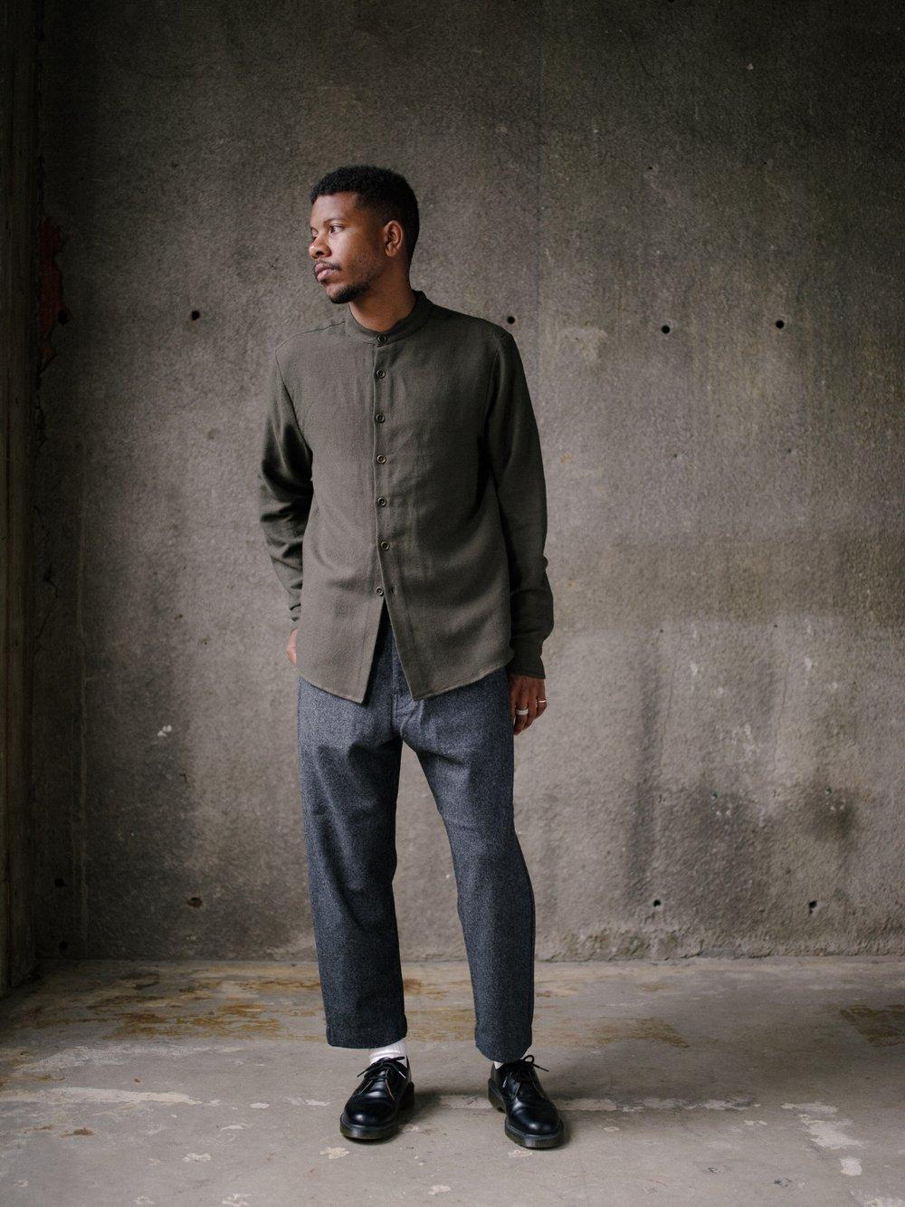 evan-kinori-band-collar-shirt-wool-cotton-linen-twill-3
