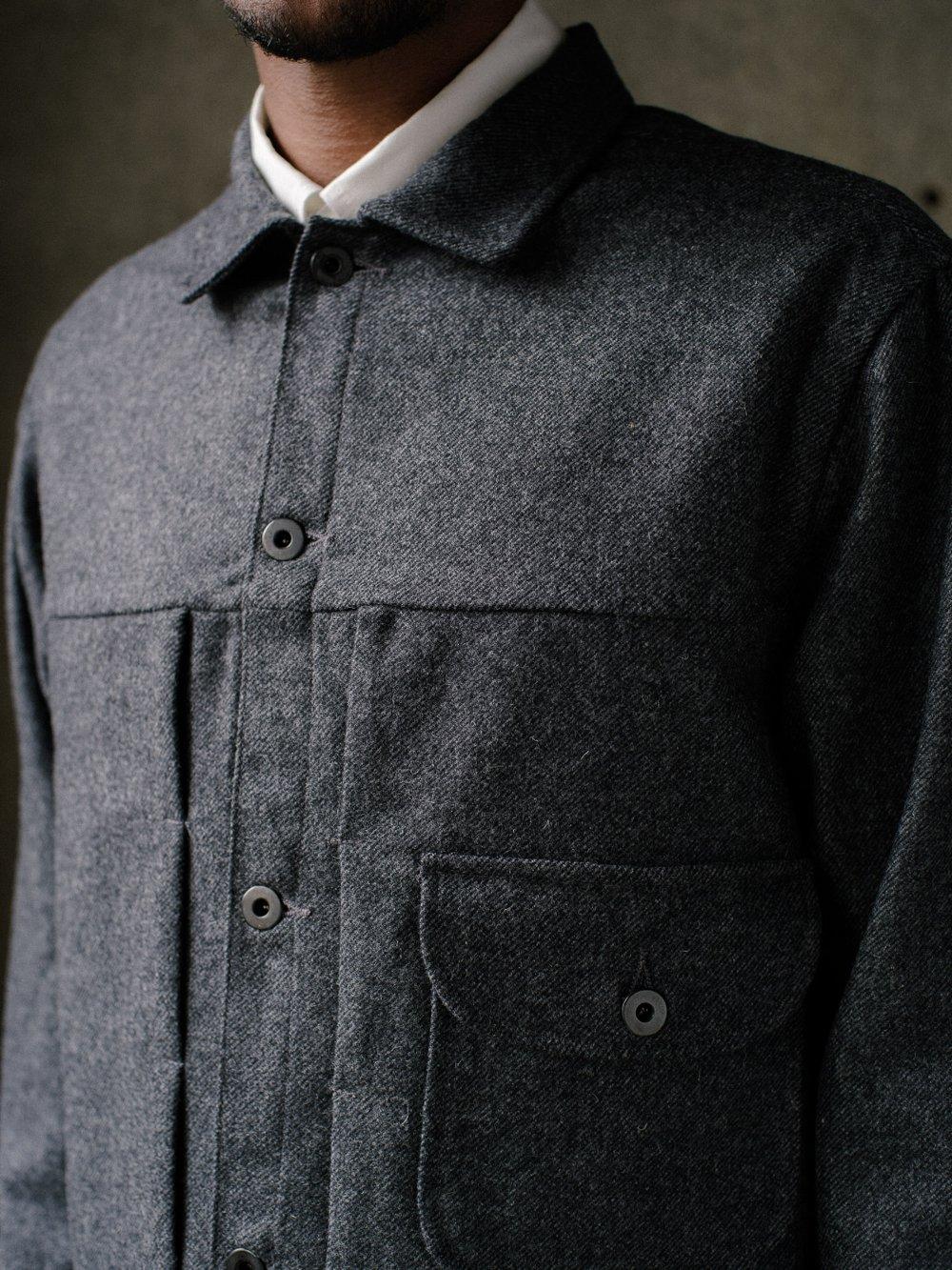 evan-kinori-pleated-jacket-lambswool-twill-1
