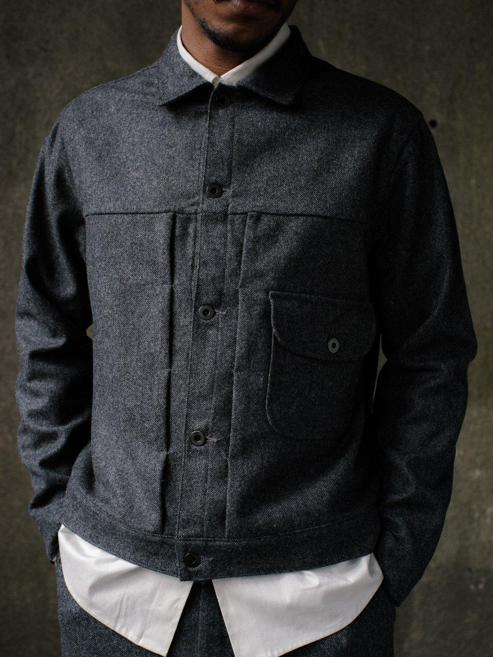 evan-kinori-pleated-jacket-lambswool-twill-2