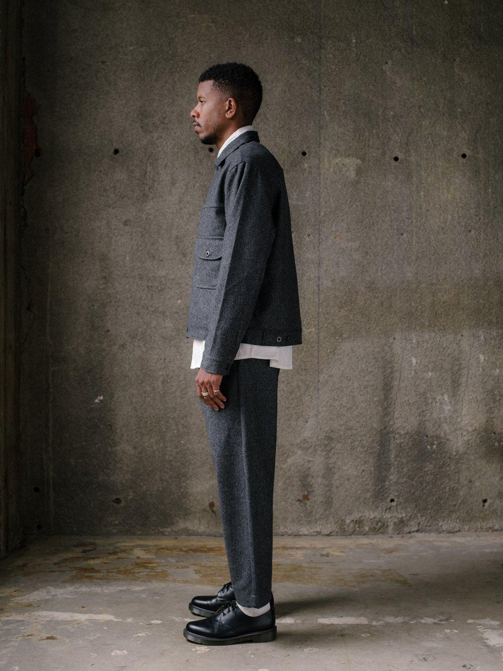 evan-kinori-pleated-jacket-lambswool-twill-4