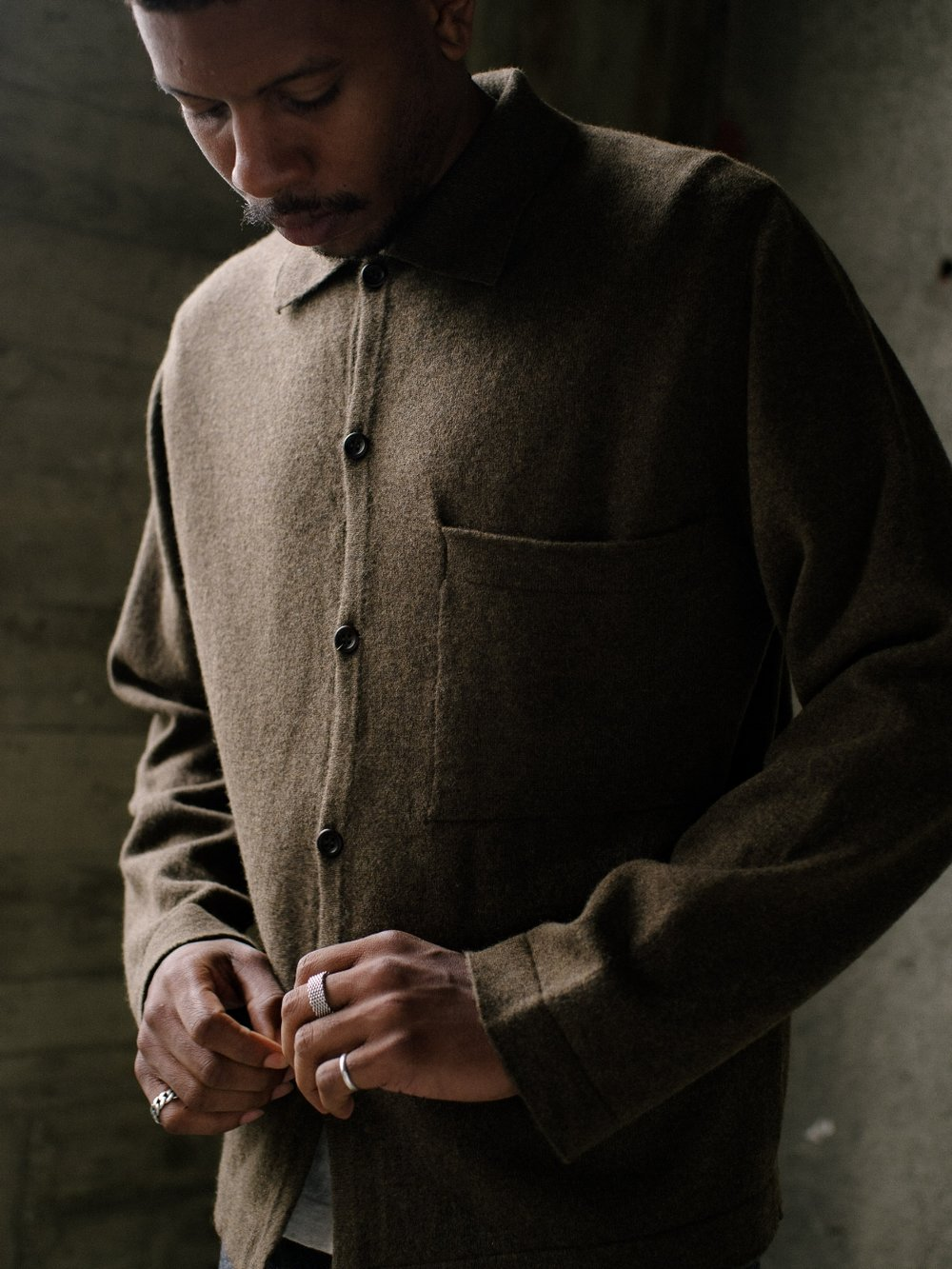 evan-kinori-knit-buttondown-1