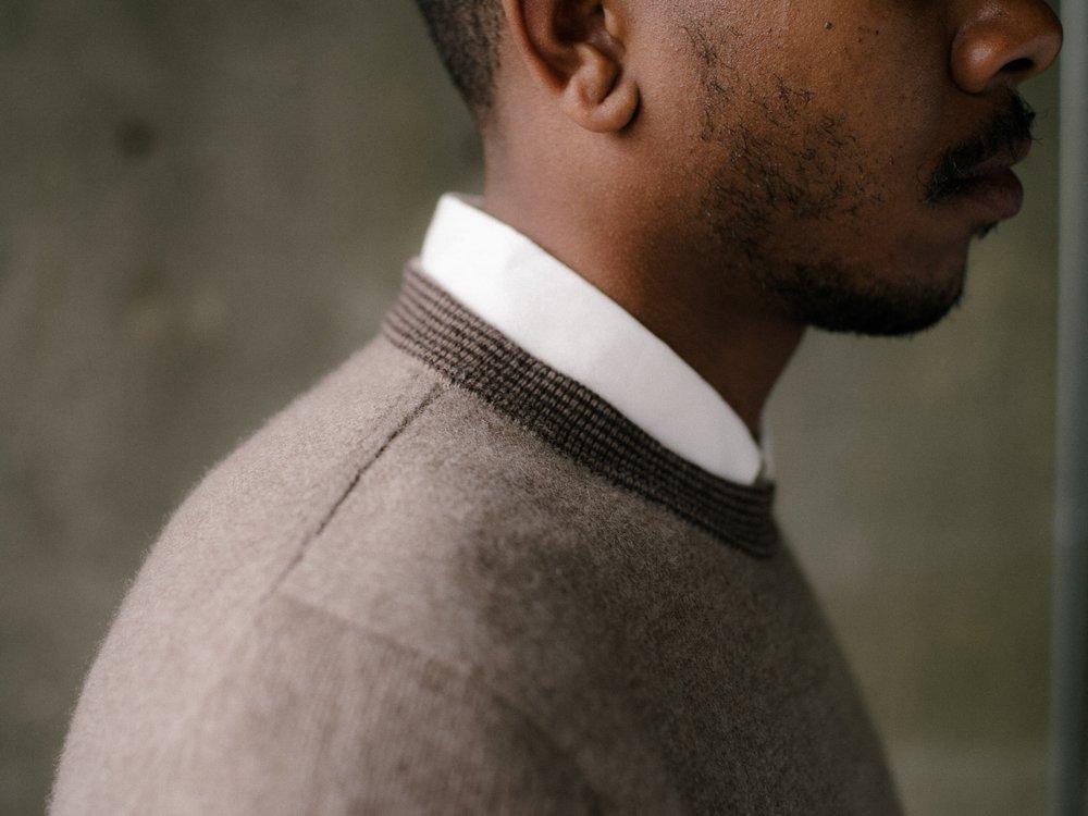 evan-kinori-stripe-collar-sweater-oat-1