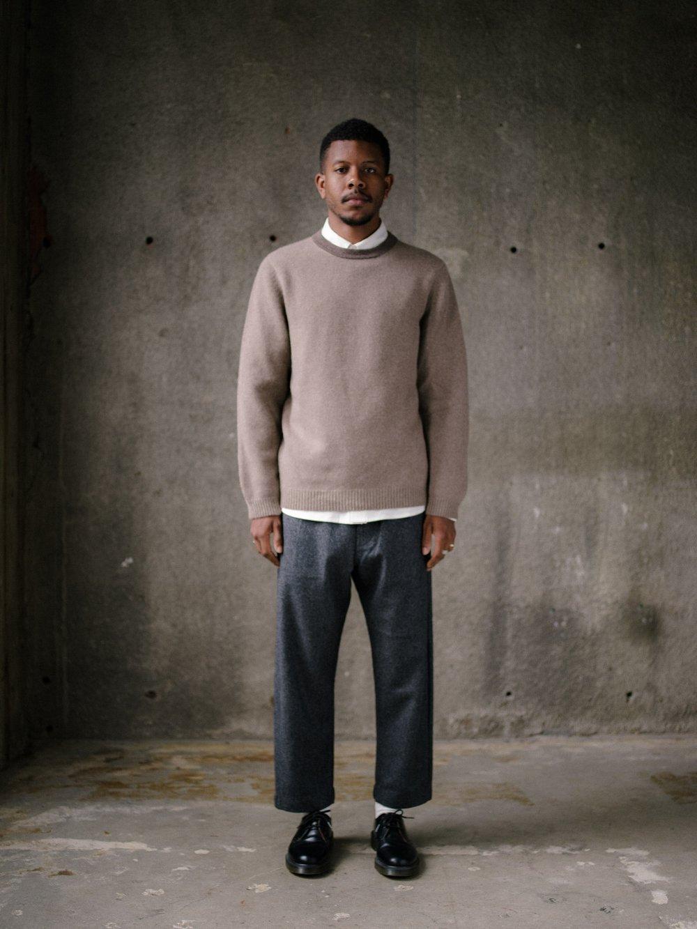 evan-kinori-stripe-collar-sweater-oat-3