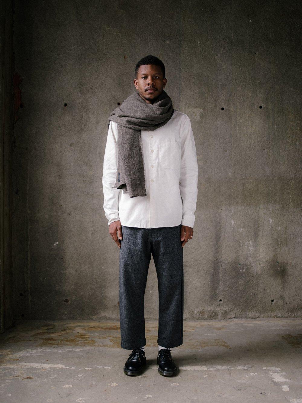 evan-kinori-scarf-wool-gauze-1