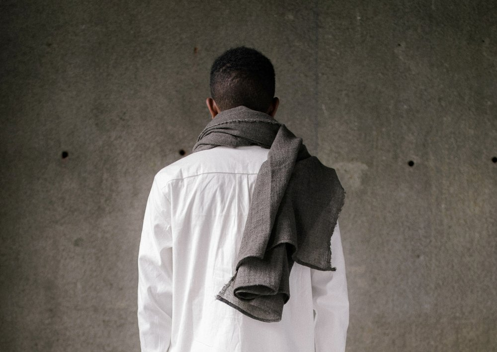 evan-kinori-scarf-wool-gauze-3