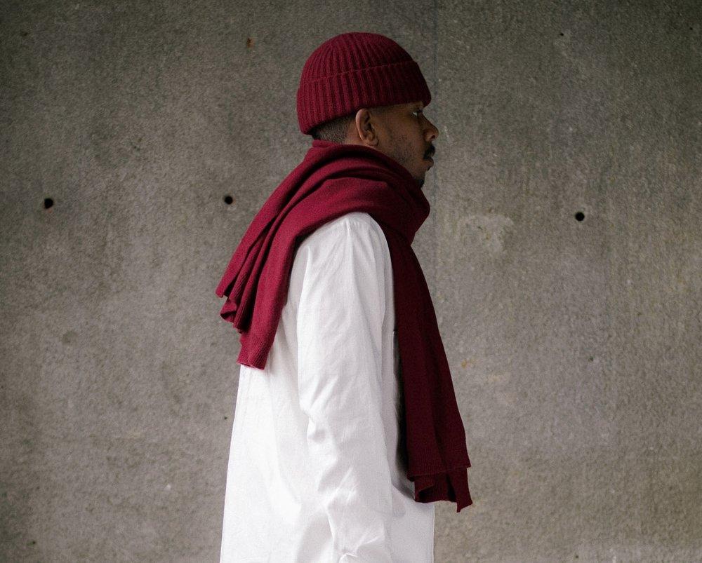 evan-kinori-knit-scarf-red-5