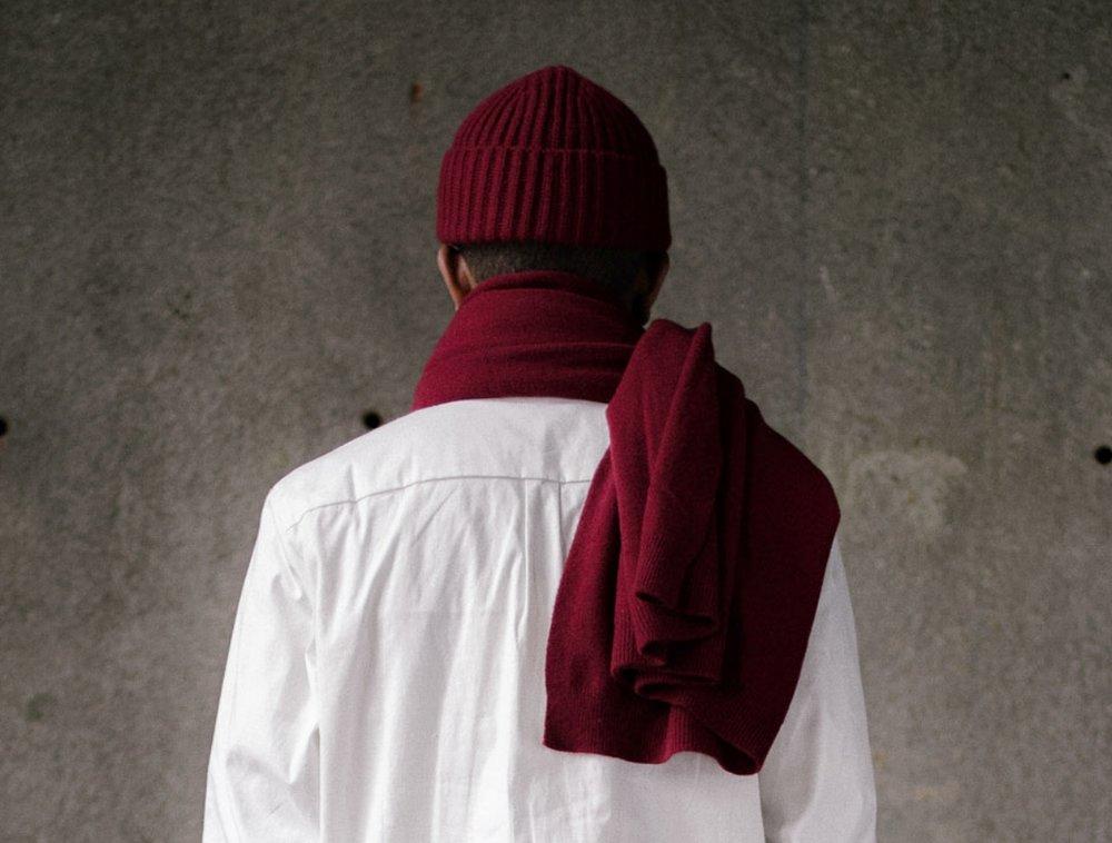 evan-kinori-knit-scarf-red-6