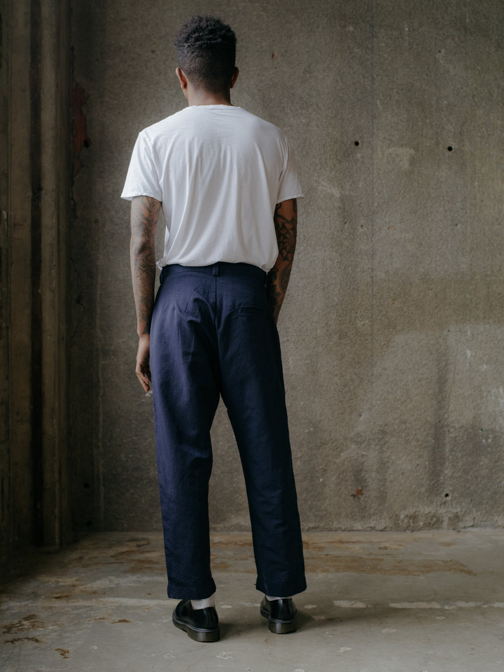 evan-kinori-single-pleat-pant-nylon-linen-4
