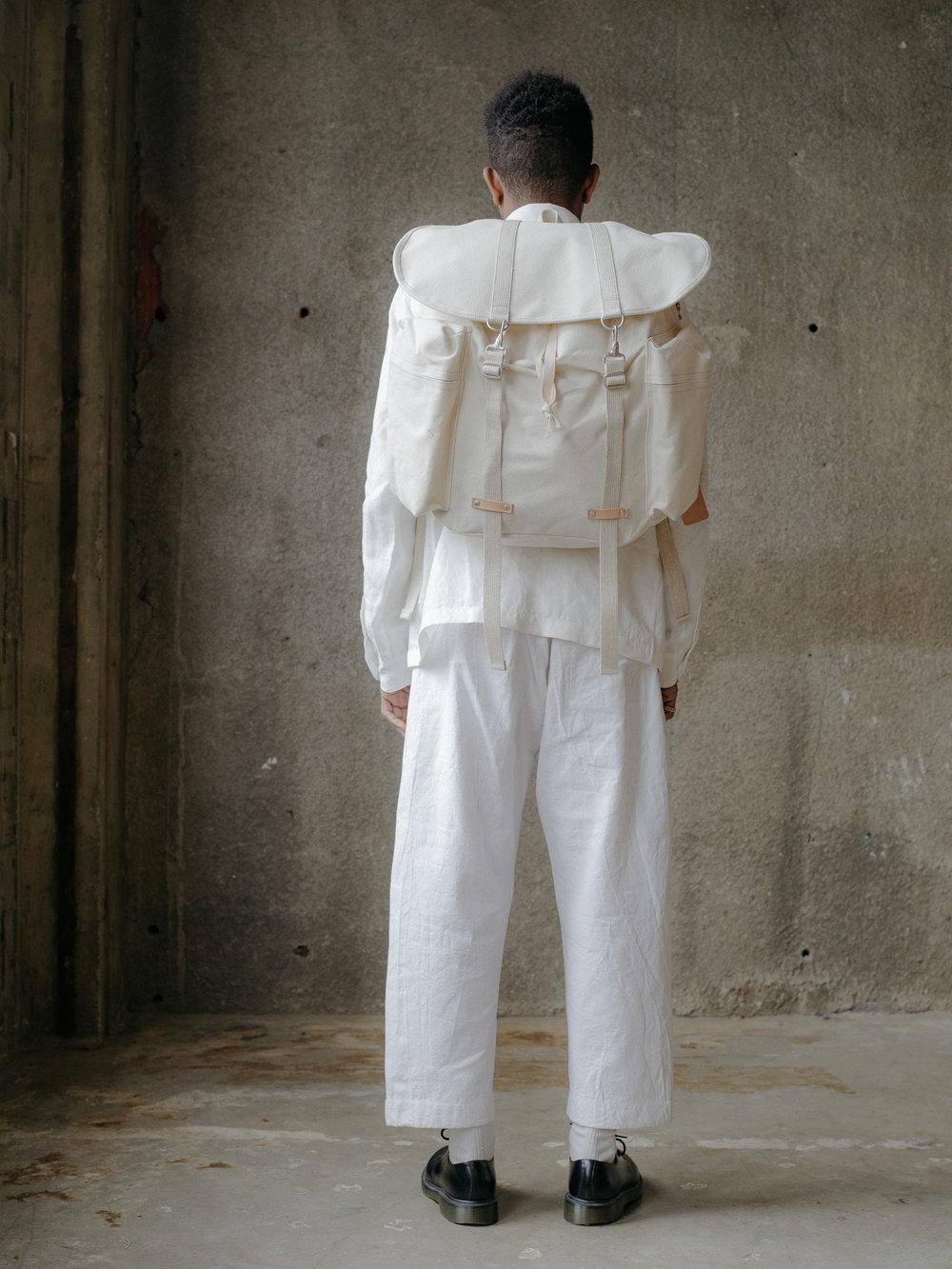 evan-kinori-rucksack-amiacalva-3