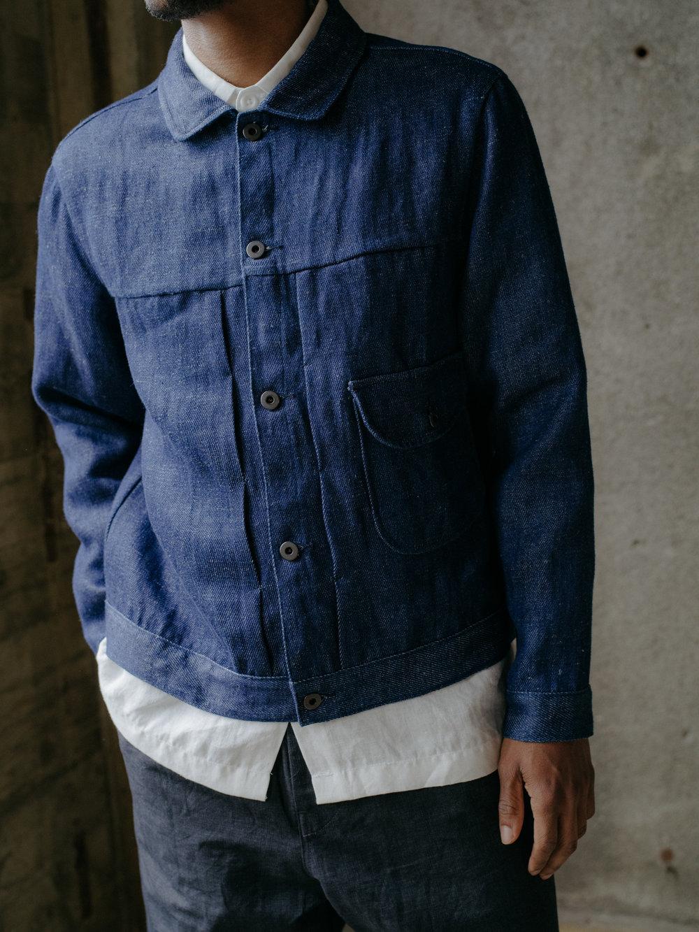 evan-kinori-pleated-jacket-hemp-denim-7