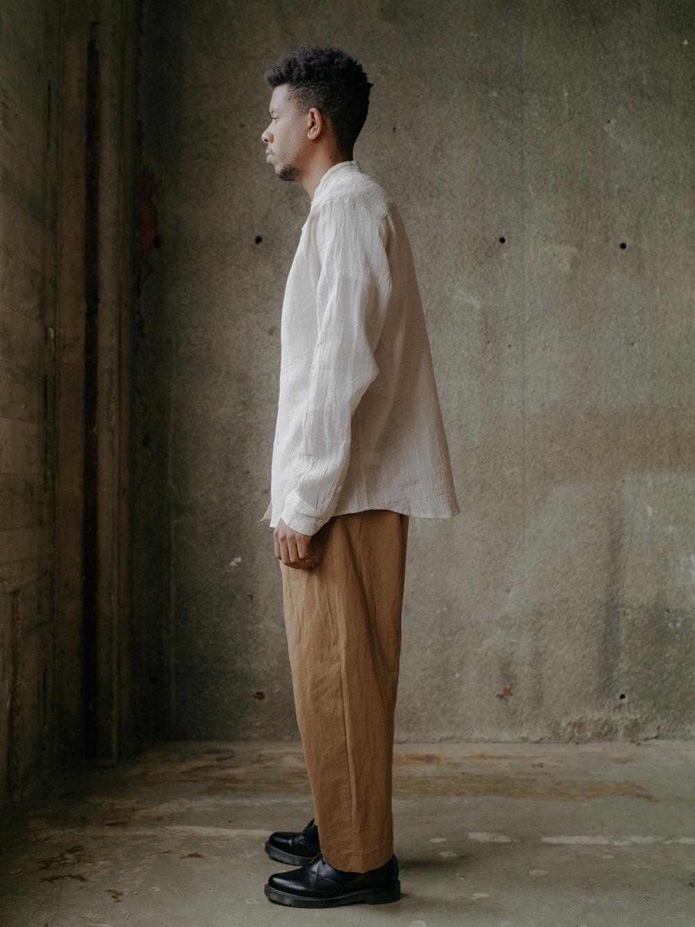 evan-kinori-band-collar-shirt-linen-2