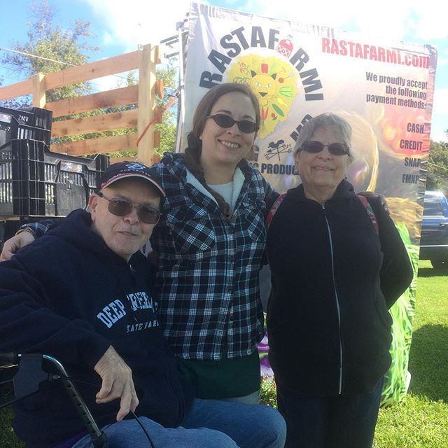 Thank you so much to my mom and dad for helping every Saturday at the Hampstead farmers market! Love you guys! #family #organic #farmersmarket #produce #hampsteadfarmersmarket #marylandproduce