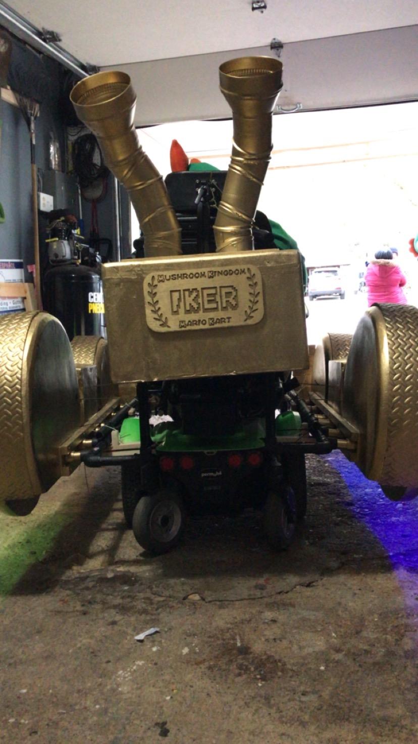 Iker Mario Kart 1.JPG