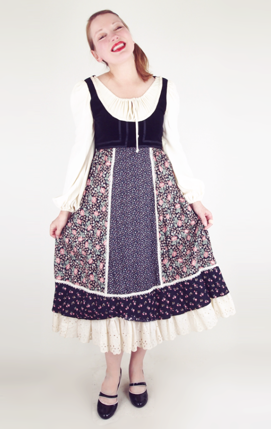 blackflowergunnedirndldress1.png