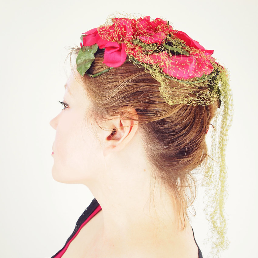50s Pink Roses Casque Hat