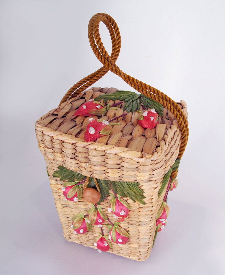 70s Strawberry Embroidered Raffia Natural Straw Box Bag - Philippines