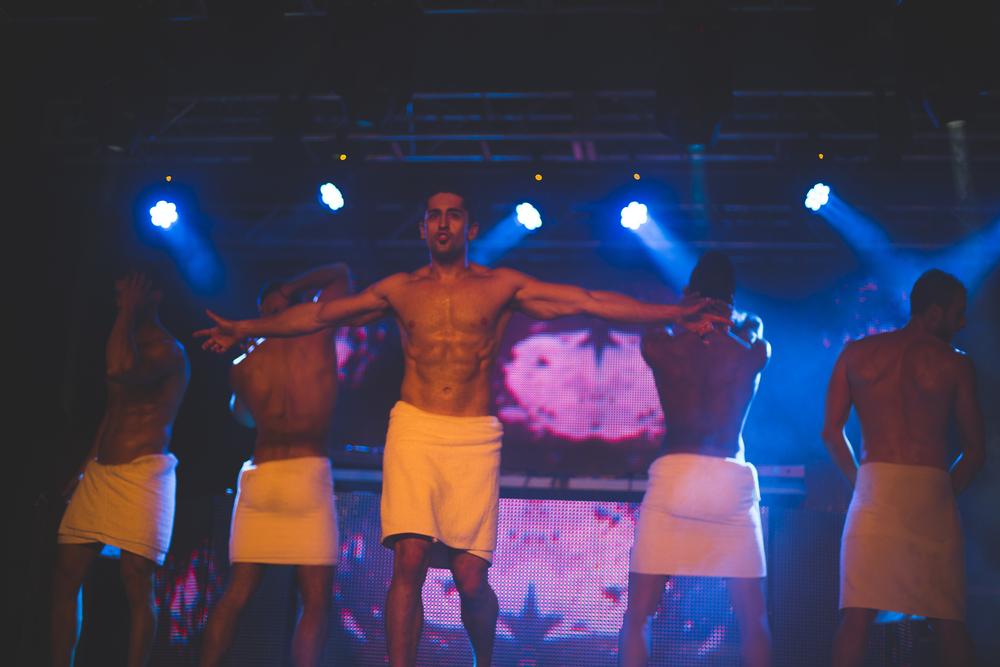 Pride_Toronto_2015_Burlesque_A_Go_Go_by_Indeana_Underhill-99.jpg